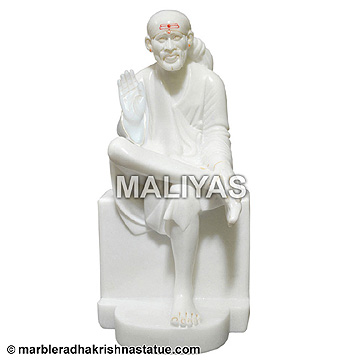 Blessing Sai Baba Statue